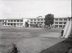 1963年栃二小全景.jpg