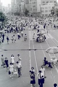 1973年9月上野歩行者天国2.jpg