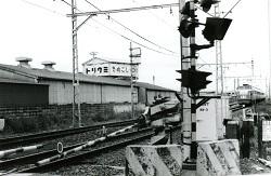 1980年沼和田踏切0.jpg