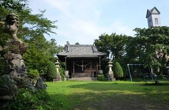 2013年7月護国神社(錦着山).jpg