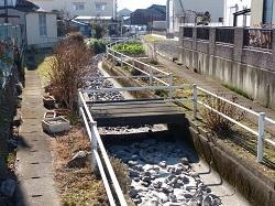 八幡橋の下流側.jpg