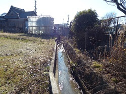 妙唱寺裏手の水路1.jpg