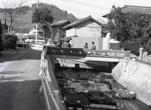 新皆橋下の橋.jpg