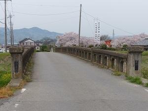 春日神社(横堀)2.jpg