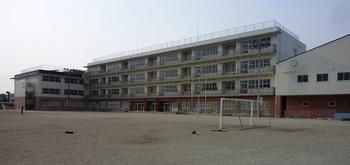 栃木中央小学校(2015年4月12日).jpg