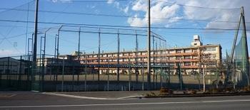 栃西中新校舎.jpg