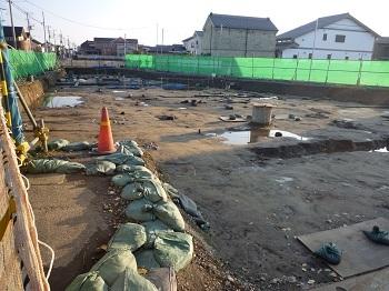 栗橋西陣屋跡発掘調査.jpg
