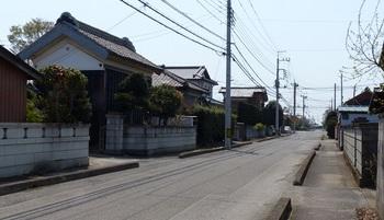 榎本宿旧街道(南北方向).jpg