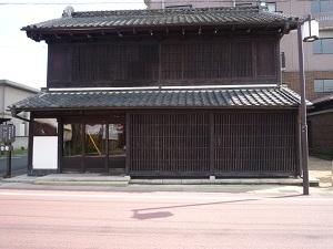 毛塚記念館1.jpg