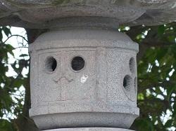 神明宮石燈籠4.jpg