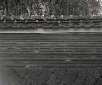 萬福寺北側築地塀.jpg