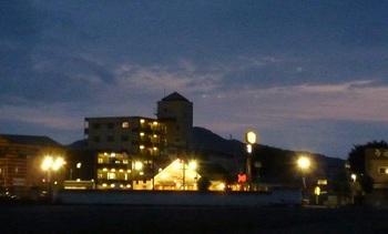 蔵の街大通りの夕暮れ2.jpg