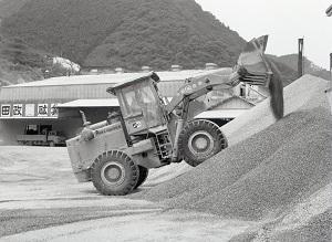 鍋山石灰工場11.jpg