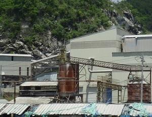 鍋山石灰工場6.jpg