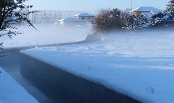 雪化粧した箱森町3.jpg