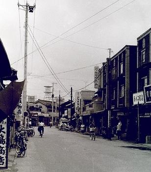 1968年湊町通り1.jpg