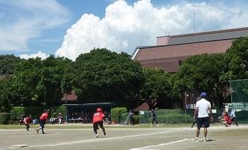 ソフトボール女子.jpg