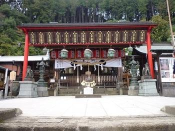 太平山神社拝殿.jpg