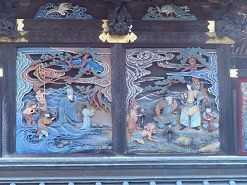 本殿北面彫刻1.jpg