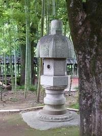 石燈籠.jpg