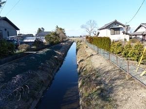蔵前橋付近の水路.jpg